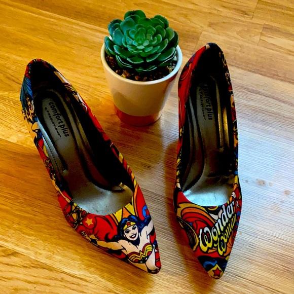 Wonder Woman 👩 Shoes 👠